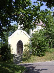 Kapelle Erdweg Hofer Ferienwohnungen Monteurwohnungen München Dachau
