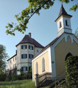 Kapelle und Schloß 3 Erdweg Hofer Monteurwohnungen München Dachau